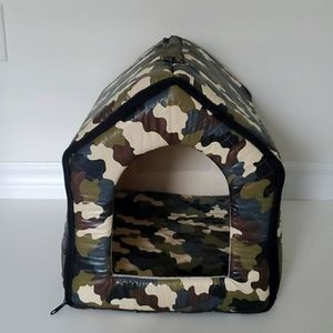 3/$55 Army small pet house portable with zippers